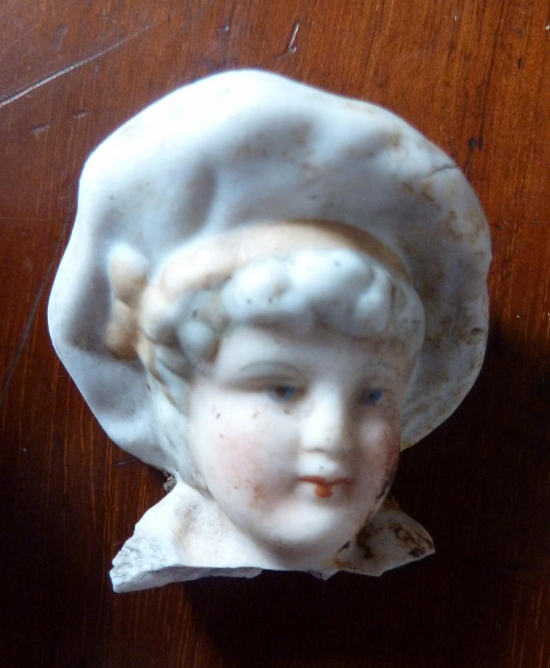 Statuette Head