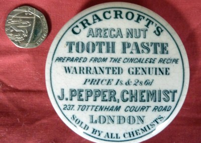Cracroft's Toothpaste Lid