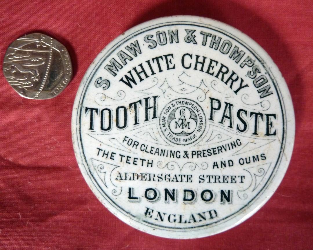 Toothpaste Pot Lid