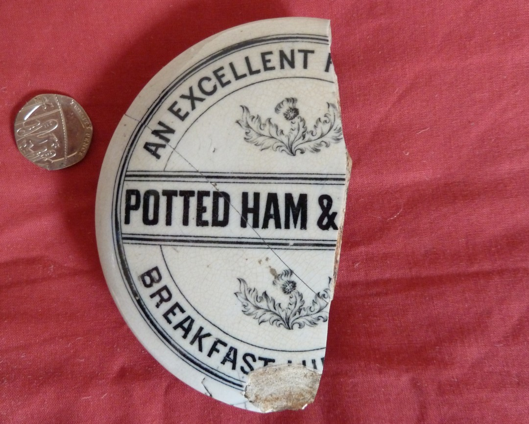 Potted Ham & Chicken Pot Lid