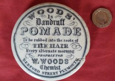 Dandruff Pomade Pot Lid
