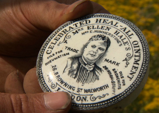 Ellen Hale's Heal-All Ointment Pot Lid