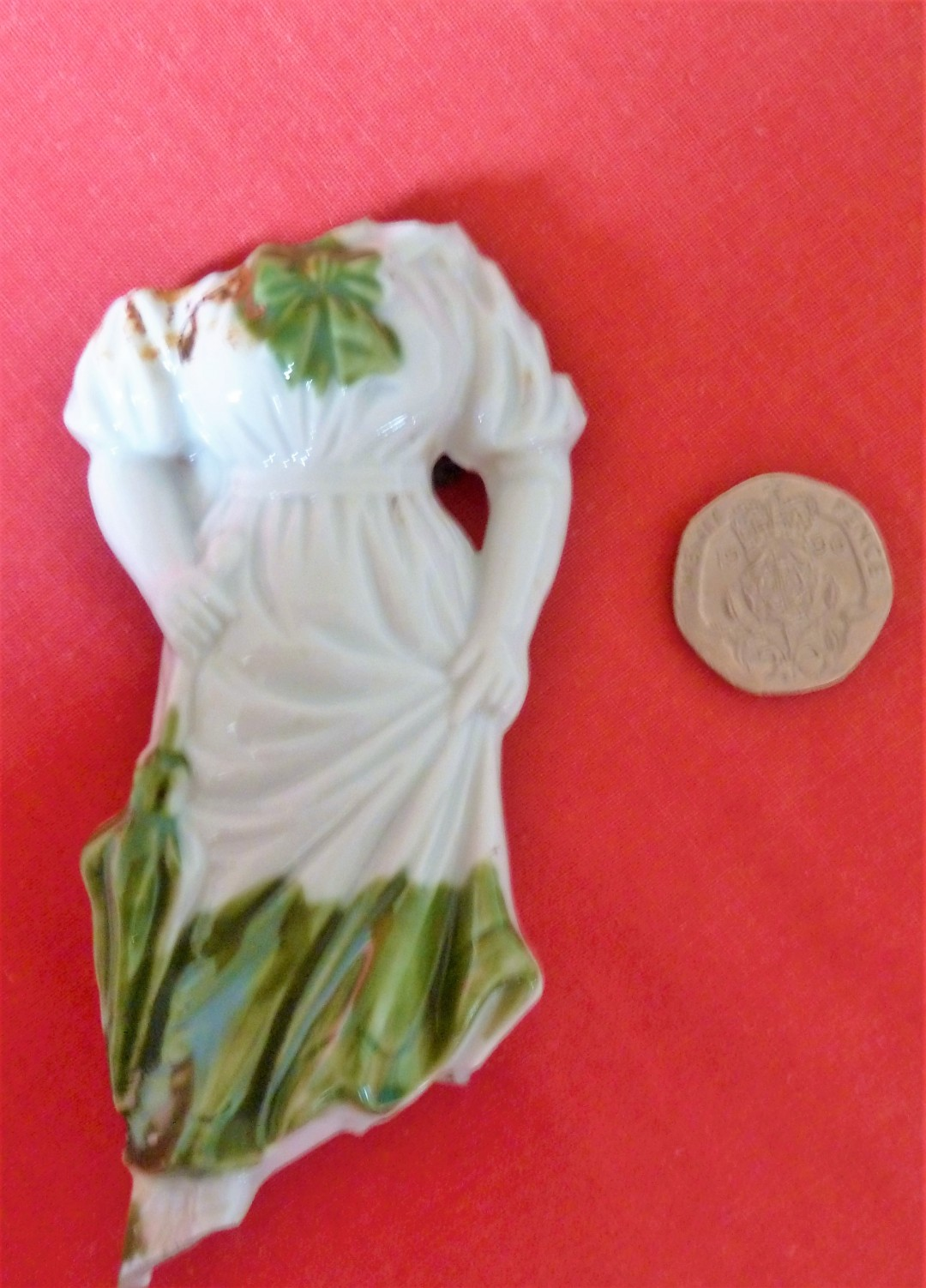 Statuette of woman with parasol