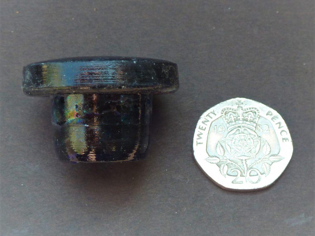Blue glass bottle stopper
