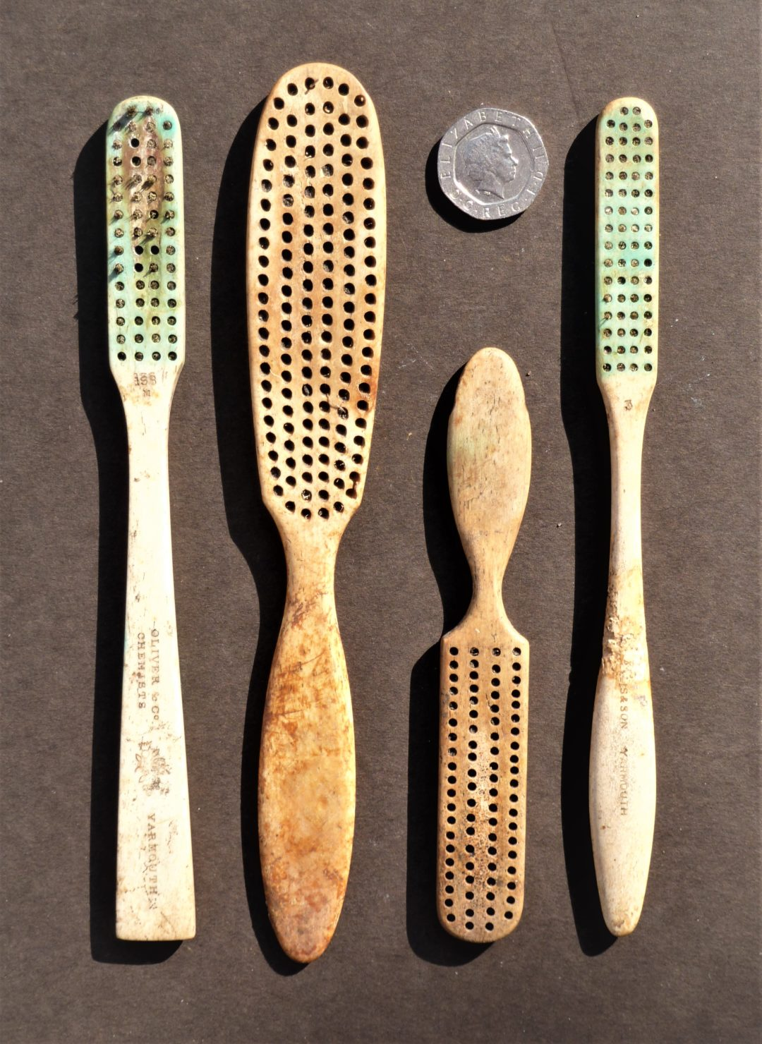 Toothbrushes and grooming brushes